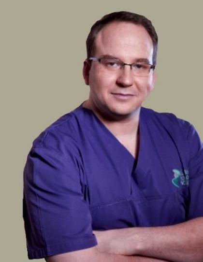 Dr. Sass Tamás - Dr.med., Dr.med.dent., Oral Maxilofacial Surgeon
