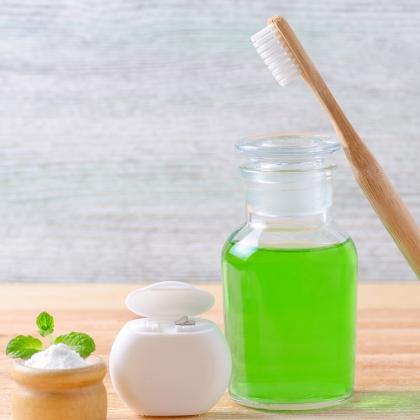 A fogmosáson túl – szájhigiénia, szájvizek, fogápoló emulziók