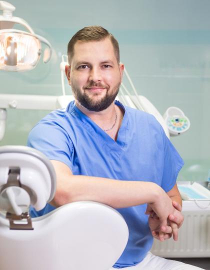 Dr. Tatai Dániel - Fogorvos